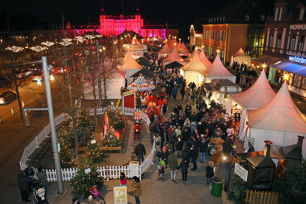 Weihnachtsmarkt Schwetzingen.6 Kurfürstlicher Weihnachtsmarkt Sms Stadtmarketing Schwetzingen E V
